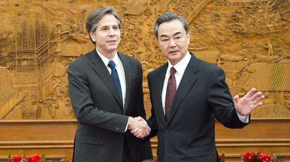 Ван И провел встречу с заместителем госсекретаря США Тони Блинкеном
