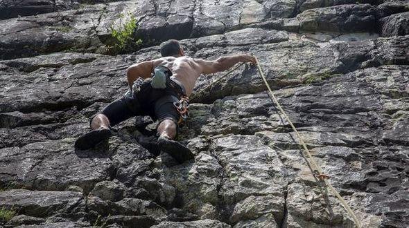 10 самых невероятных мест для любителей скалолазания по версии французских СМИ