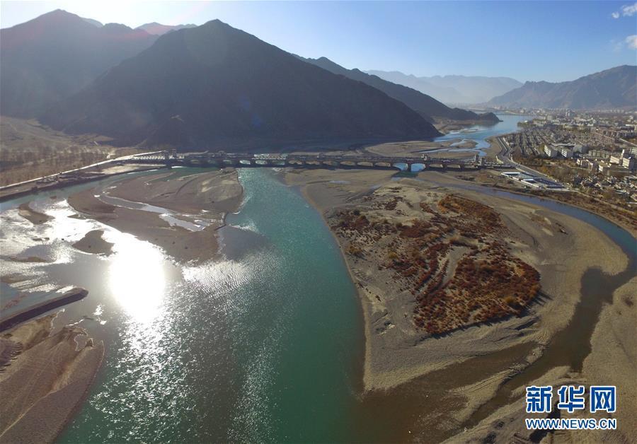 Река Джичу в начале зимы