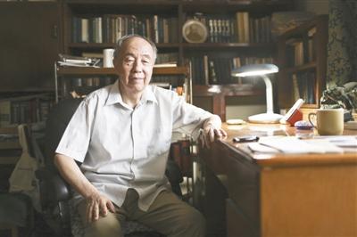 Знаменитый китайский переводчик Лань Иннянь заново перевел 'Доктора Живаго'