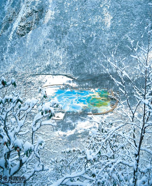 Прекрасные зимние пейзажи области Аба в провинции Сычуань