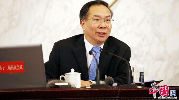 /Сессии ВСНП и ВК НПКСК/ Ван Гоцин: для борьбы со смогом нужны усилия правительства, предприятий и широкой общественности