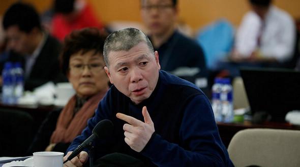 Знаменитый китайский режиссер Фэн Сяоган – планирует открыть универсальное кинематографическое училище