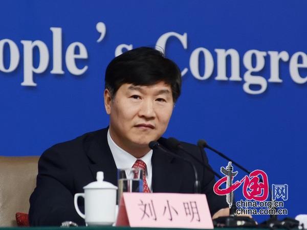 Лю Сяомин: К 2020 году количество автобусов, работающих на новых энергоносителях, достигнет 200 тысяч