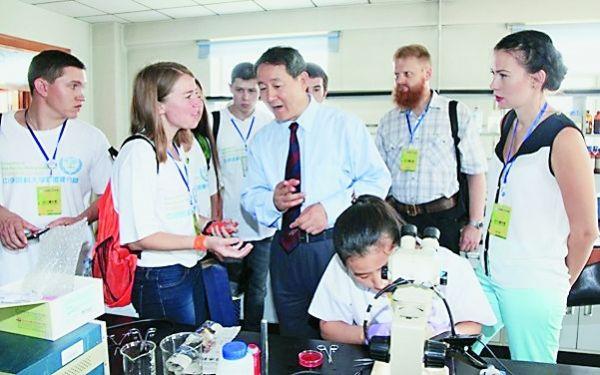 Россияне влюбились в китайскую медицину: создание опорного пункта китайско-российского медицинского сотрудничества