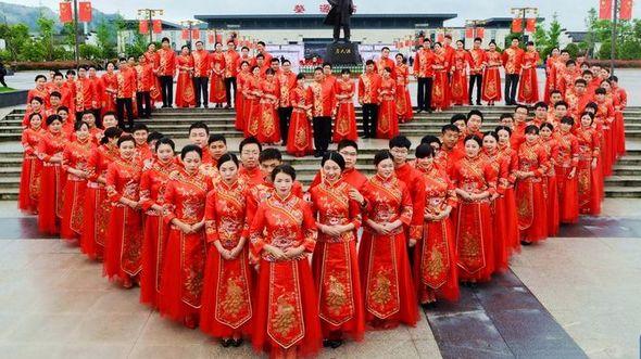 Коллективная свадьба в китайском стиле на востоке Поднебесной