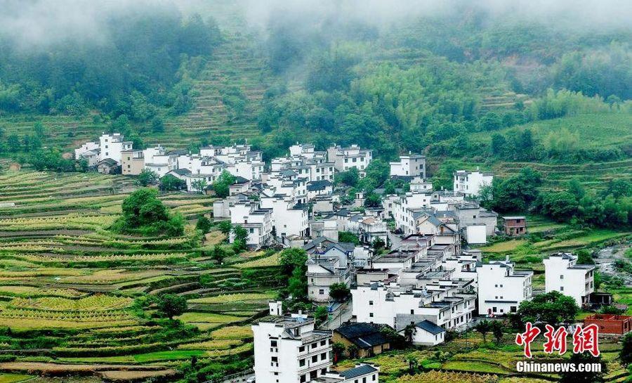 Самая красивая деревня Китая Уюань в провинции Цзянси