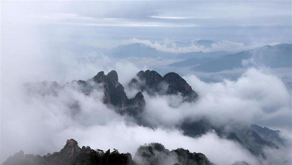 Райская красота: море облаков в горах Хуаншань