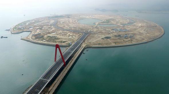 В провинции Фуцзянь открылось движение по мосту, связывающему остров Шуанъюйдао с материком