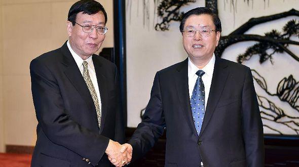 Чжан Дэцзян встретился с председателем парламента Таиланда П. Вичитчолаем