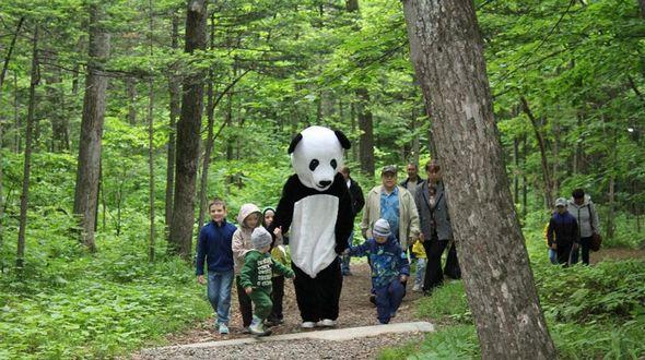 Торжественное открытие площадки Всемирного фонда дикой природы во Владивостоке