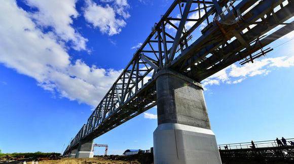 Завершены основные строительные работы по возведению моста Тунцзян-Нижнеленинское между Китаем и Россией