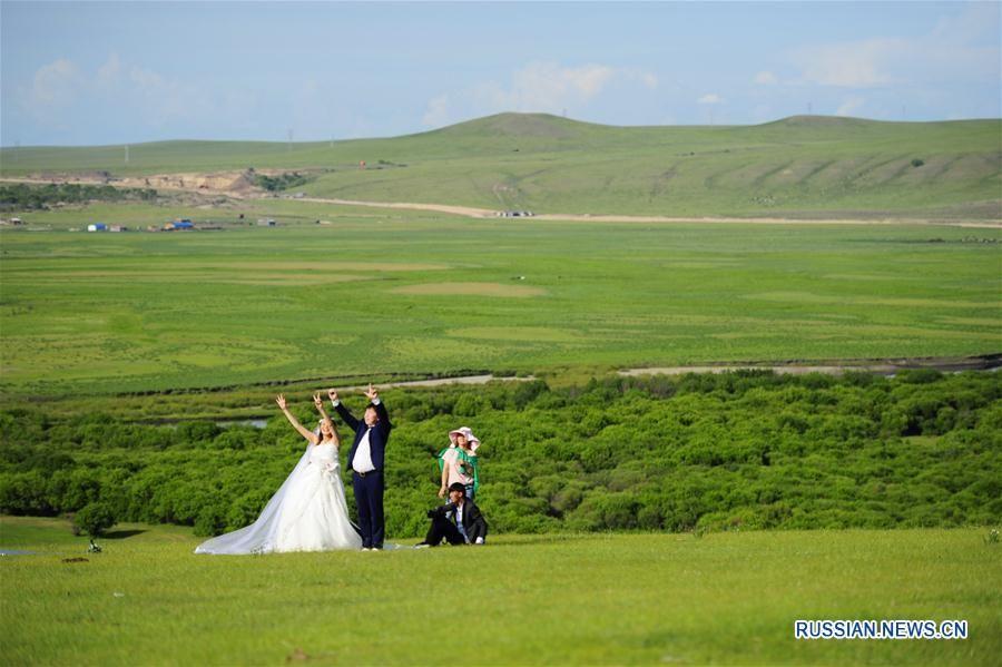 Живописные июньские степи Внутренней Монголии в ожидании наплыва туристов