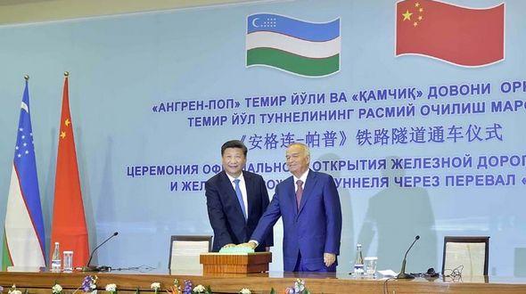 Си Цзиньпин и И.Каримов открыли тоннель на железнодорожной магистрали Ангрен-Пап