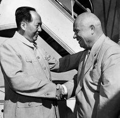 Исторические моменты дружбы Китая и СССР (России)