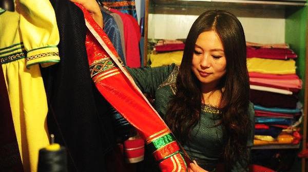 Гуань Синь – модельер «поколения 80-х»: Добавляя монгольские элементы в современную одежду