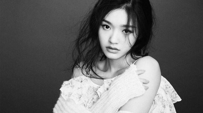 Восходящая кинозвезда Линь Юнь в последних фото