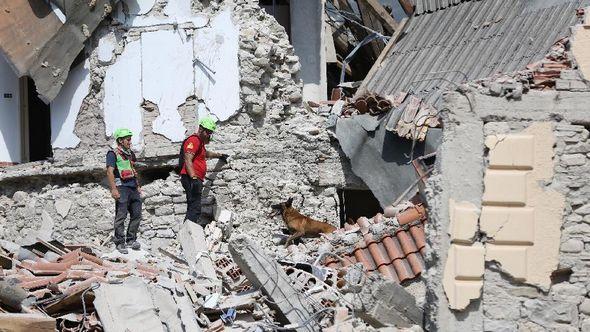 Число погибших в результате землетрясения в Италии возросло до 120 человек