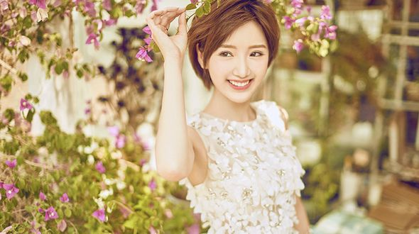 Солнечная фотосессия актрисы Мао Сяотун