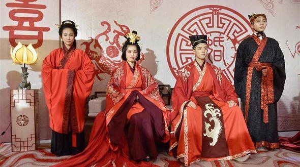 Выставка китайской традиционной свадебной церемонии в Фучжоу