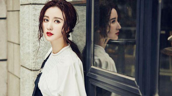 Актрисе Чжан Мэн возраст нипочем