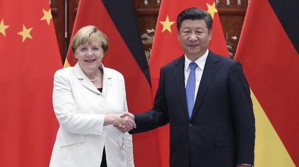 Китай и Германия будут сотрудничать для успешного проведения в Гамбурге саммита 'Группы 20' -- Си Цзиньпин