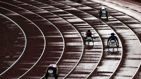 Волнующие мгновения Паралимпийских игр: стойкость, взаимопомощь, боевой дух