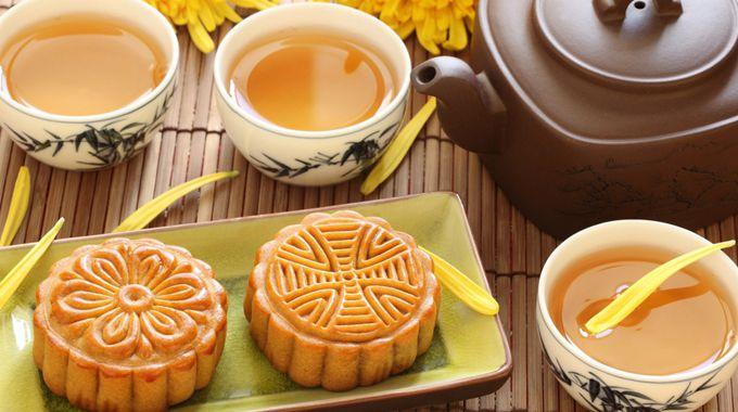 Как отмечают Праздник середины осени в разных местностях Китая?