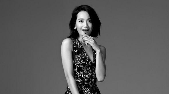 Черно-белые фото актрисы и телеведущей Чжу Дань