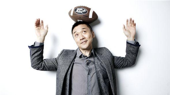 Хуан Чжичжун демонстрирует спортивный образ