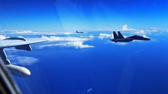 ВВС НОАК провели учения в международном воздушном пространстве над Тихим океаном