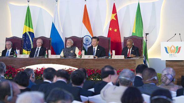Си Цзиньпин принял участие в диалоге лидеров стран БРИКС с представителями Делового совета БРИКС