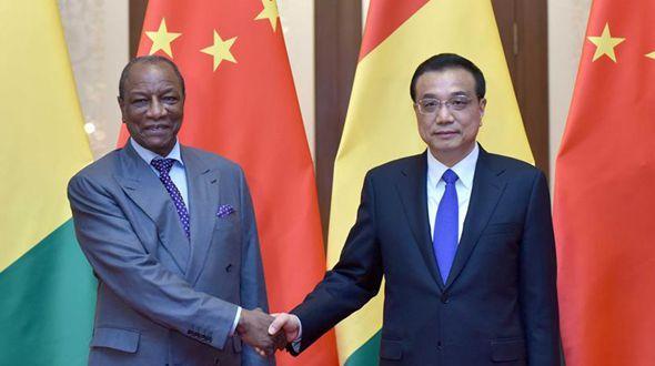 Ли Кэцян встретился с президентом Гвинеи Альфа Конде