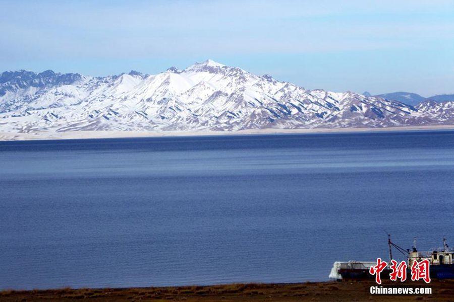 Озеро Сайрам-Нур в СУАР после снегопада