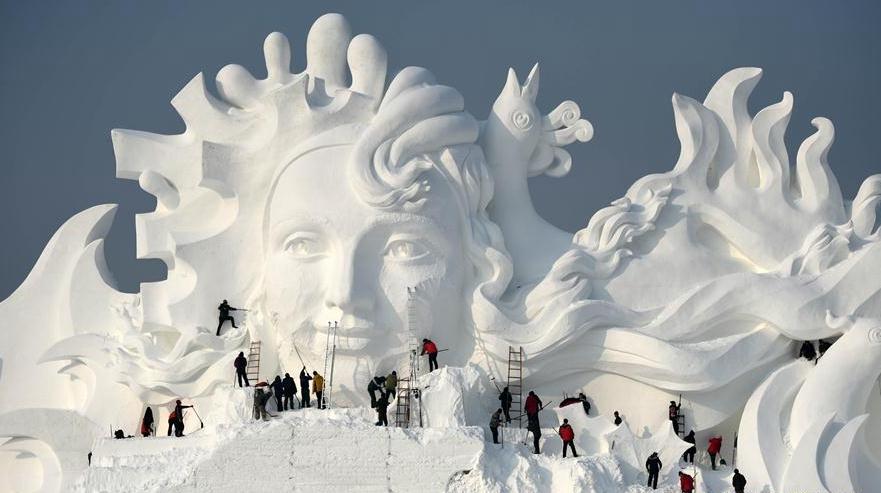 Выставка снежных скульптур в Харбине открылась в тестовом режиме
