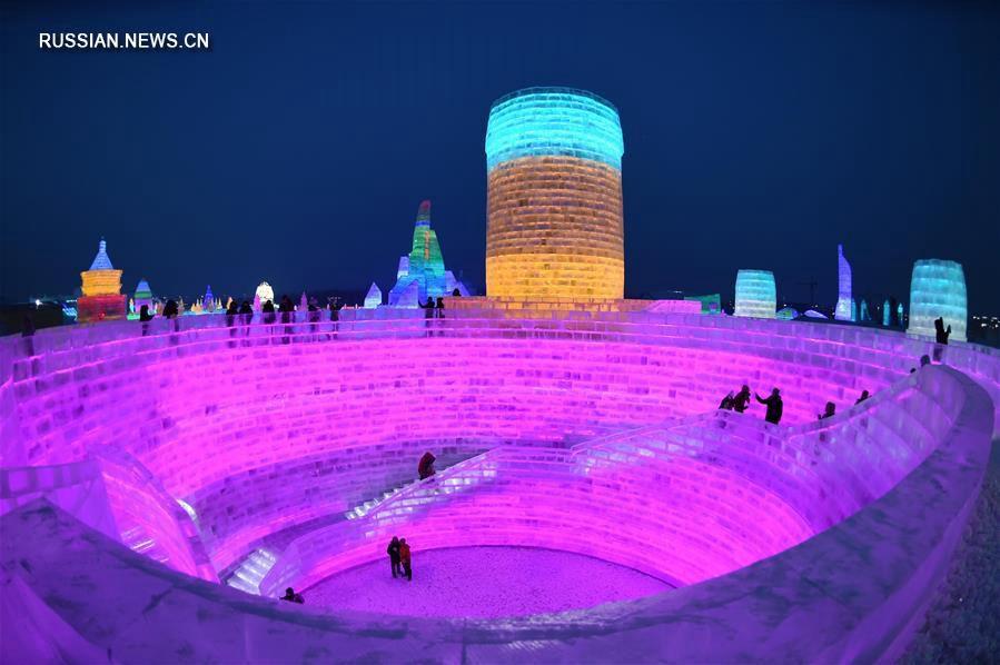 'Мир льда и снега' в Харбине открывает свои двери