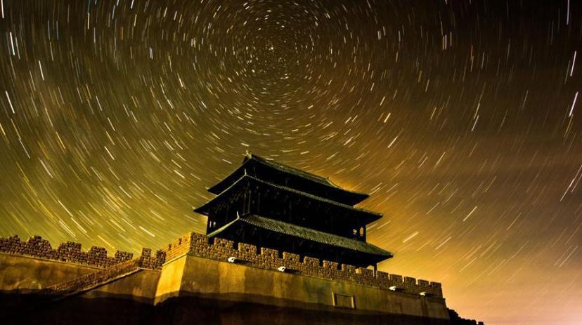 Звездное небо над пустыней Дуньхуан