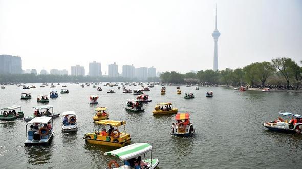 На праздник Цинмин достопримечательности Пекина посетило 5,64 млн человек