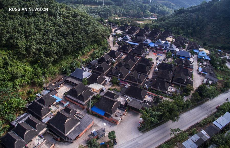 110 тыс жителей района компактного проживания 'Чжиго миньцзу' в 2016 году выведены из-за черты бедности
