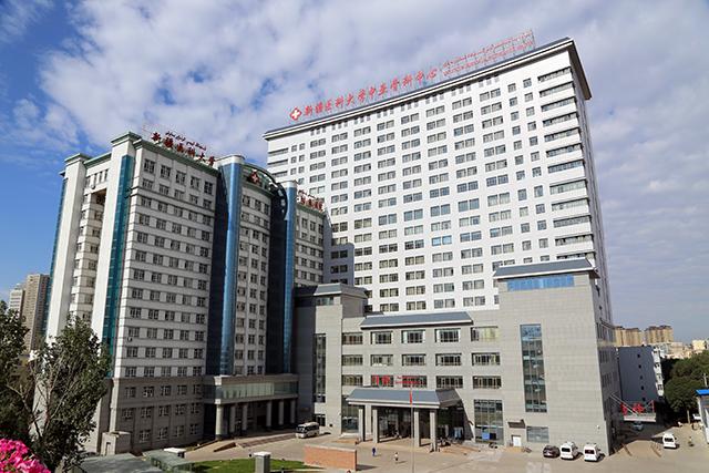 Все больше жителей стран Центральной Азии приезжают в Синьцзян на лечение