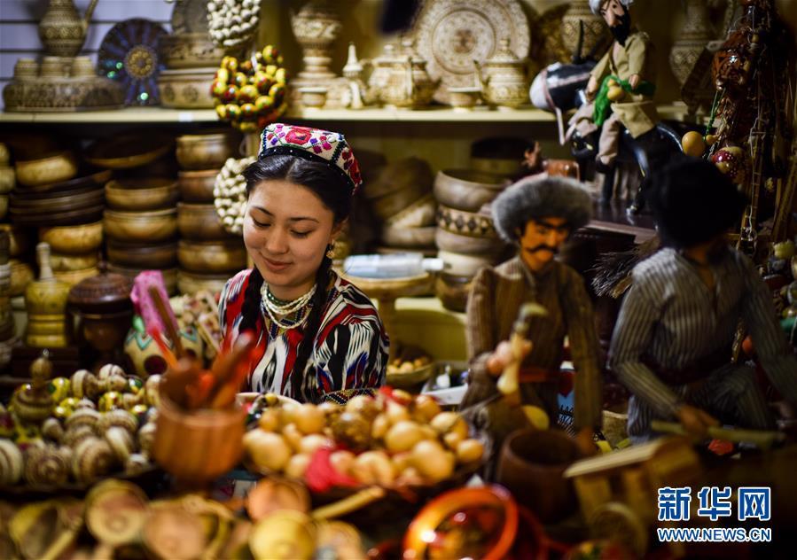 Оживление на «Поясе и Пути»: на Большом Международном базаре Синьцзяна