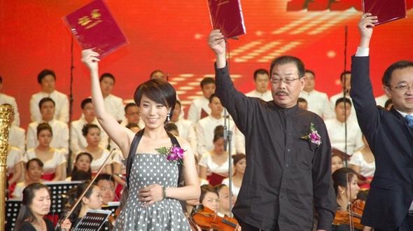 Мечты молодости сбываются: в гостях у композитора мелодии «Одного пояса, одного пути» Ли Фэй