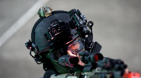 Отряд специального назначения полиции Сянгана провел антитеррористические учения