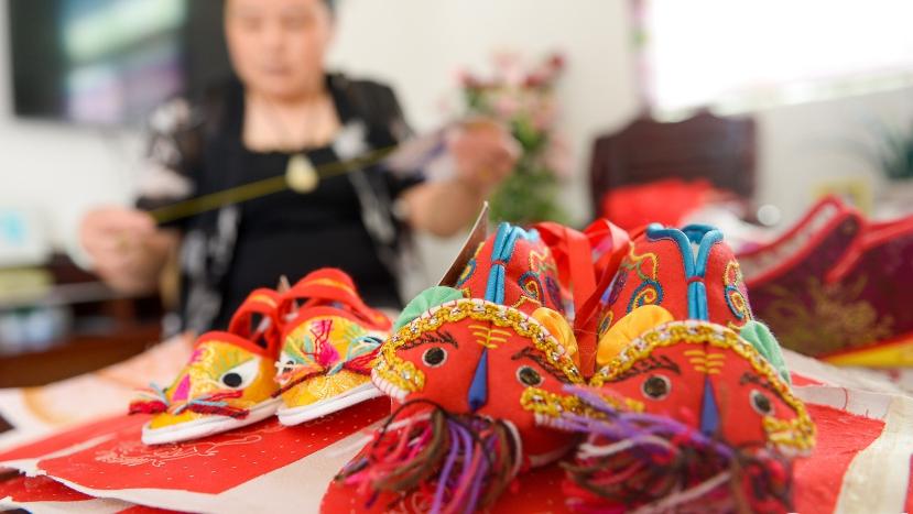 Атмосфера праздника Дуаньу в Китае