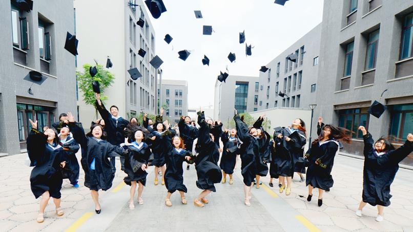 Топ-10 специальностей с самой высокой степенью трудоустройства в Китае в 2016 году