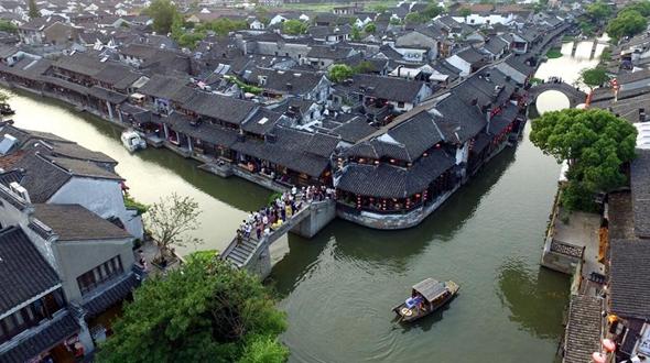 Цзяшань -- один из наиболее развитых уездов Китая