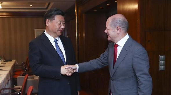 Си Цзиньпин встретился с мэром Гамбурга
