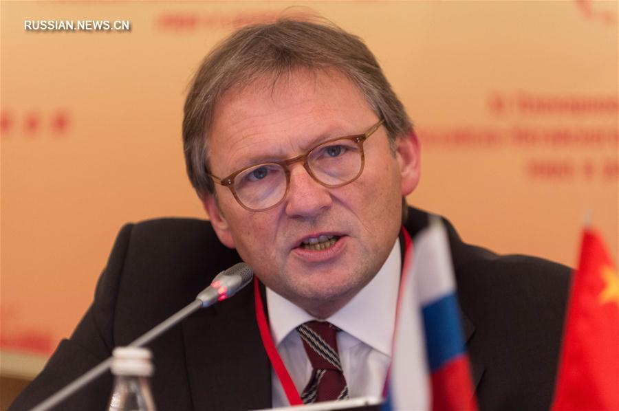 11-е пленарное заседание Российско-китайского комитета дружбы, мира и развития состоялось во вторник в Москве.