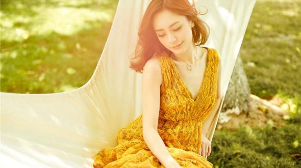 Сянганская звезда шоу-бизнеса Джиллан Чун