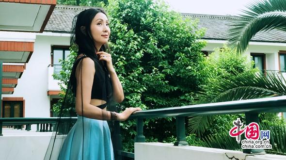Летние фотографии актрисы Тао Хун
